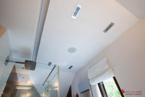 Multiroom Casa Tunes, głośniki Monitor Audio, łazienka