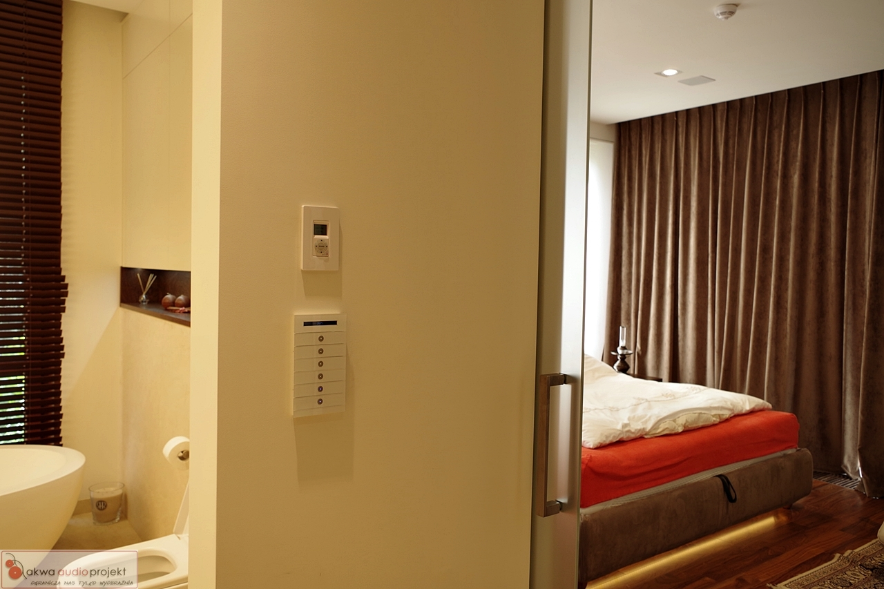multiroom casatunes monitor audio knx akwa audio. Black Bedroom Furniture Sets. Home Design Ideas