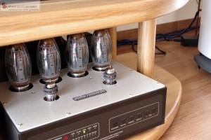 AUDIO RESEAWzamcniacz lampowy AUDIO RESEARCHRCH