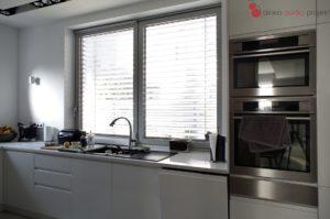 Inteligentny dom - sterowanie oświetleniem i roletami